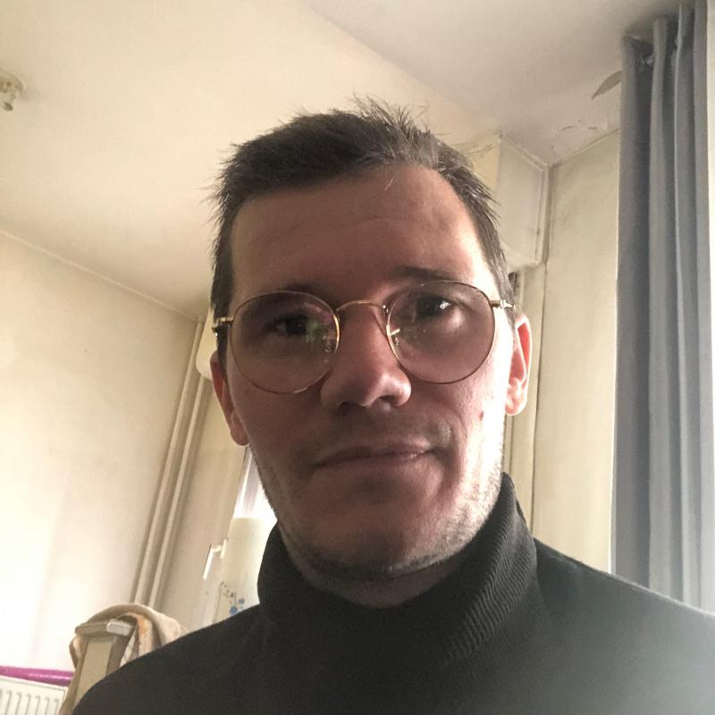 Photo de profil pour le VTC TaximotoParis à PARIS 19