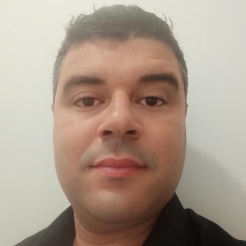 Photo de profil pour le VTC BENMALEK Zakaria à Vaulx-en-Velin