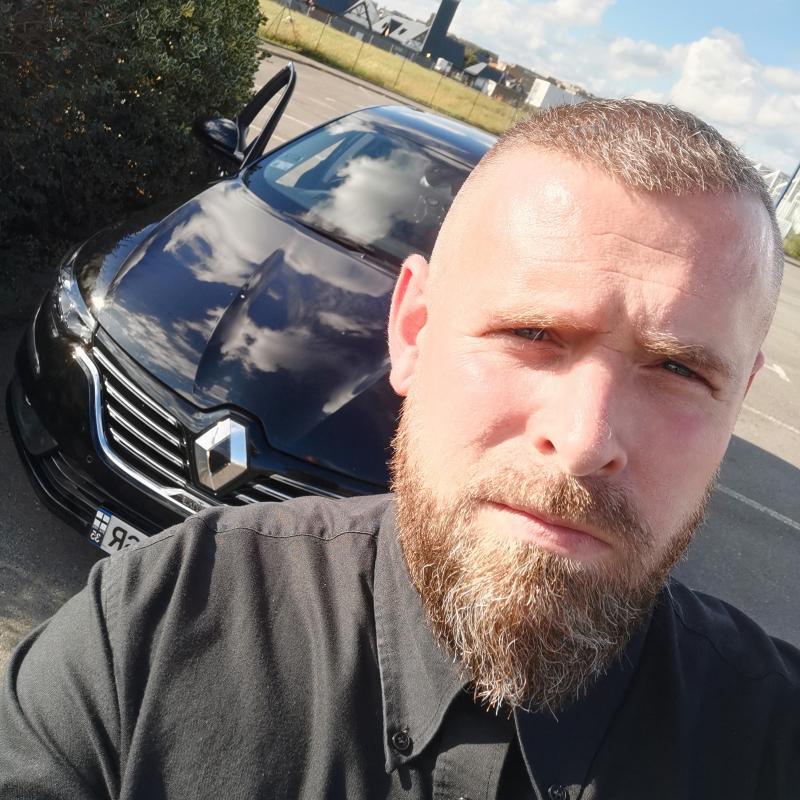 Photo de profil pour le VTC JLC chauffeur privé à Saint-Coulomb